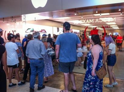 apple shop-5