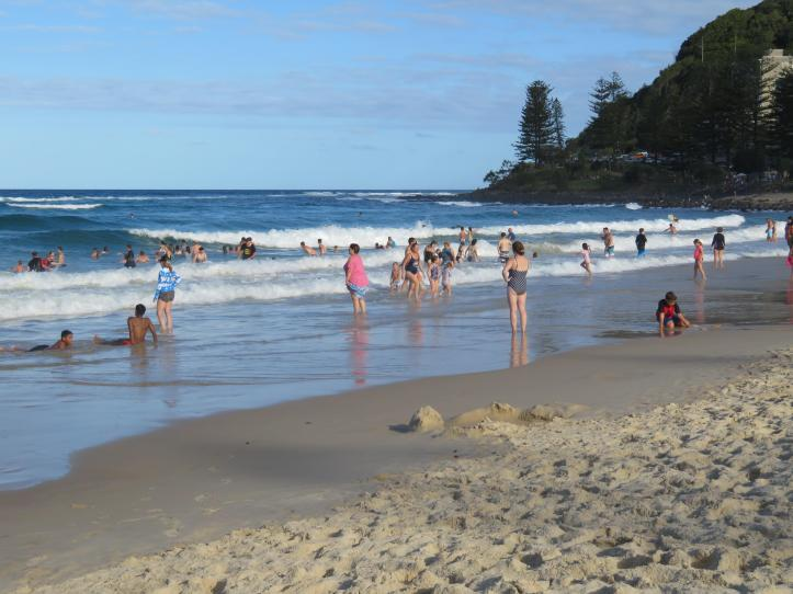 fingal beach walk with Jade 081_5184x3888