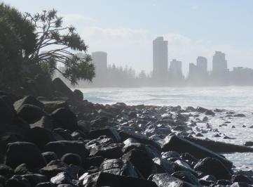 cyclonic waves wild ocean 072_3856x2844