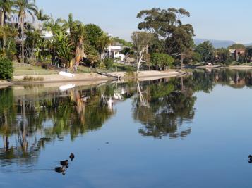 pelican lake reflections 013_5184x3888
