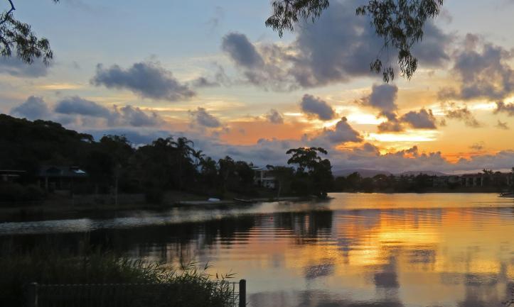 beach sunset pelican lake 127_3457x2072
