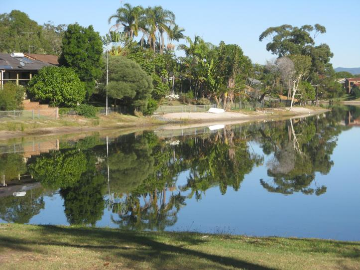 Pelican lake reflections 004_3264x2448_3264x2448